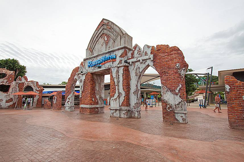 RamaYana Water Park Pattaya welcomes you during your Thailand holiday