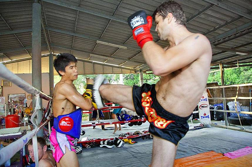 I you love Thai Boxing, join in at Chor Nateethong Mauy Thai Gym Pattaya