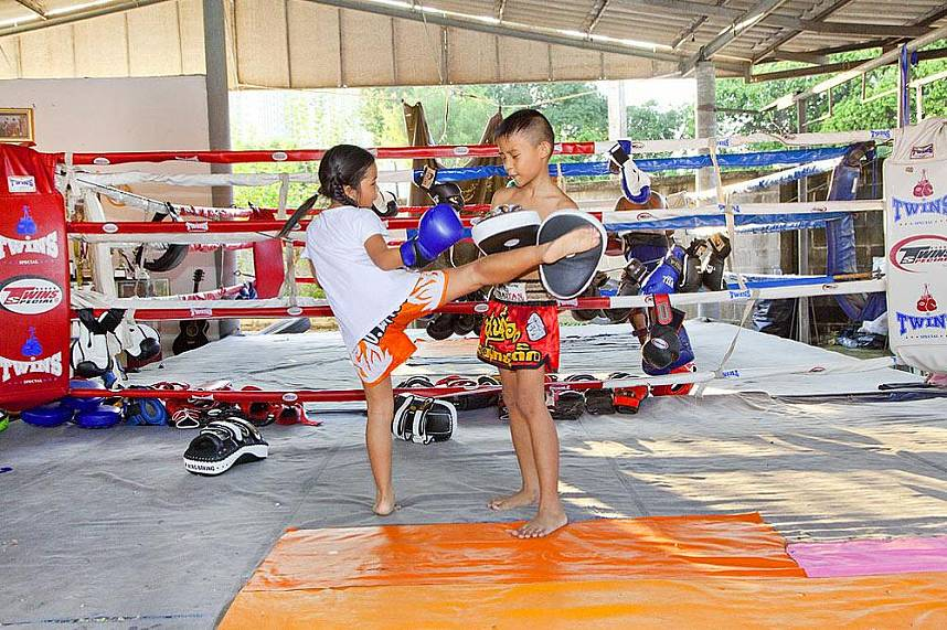 Never to young - get your ultimate experience at Chor Nateethong Muay Thai Gym Pattaya