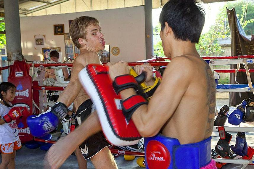 The ultimate Thailand holiday challenge at Chor Nateethong Muay Thai Gym Pattaya