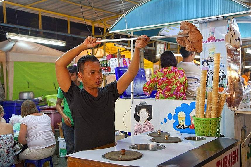 Junks of ice cream for your delight at Pattaya Weekend Night Market