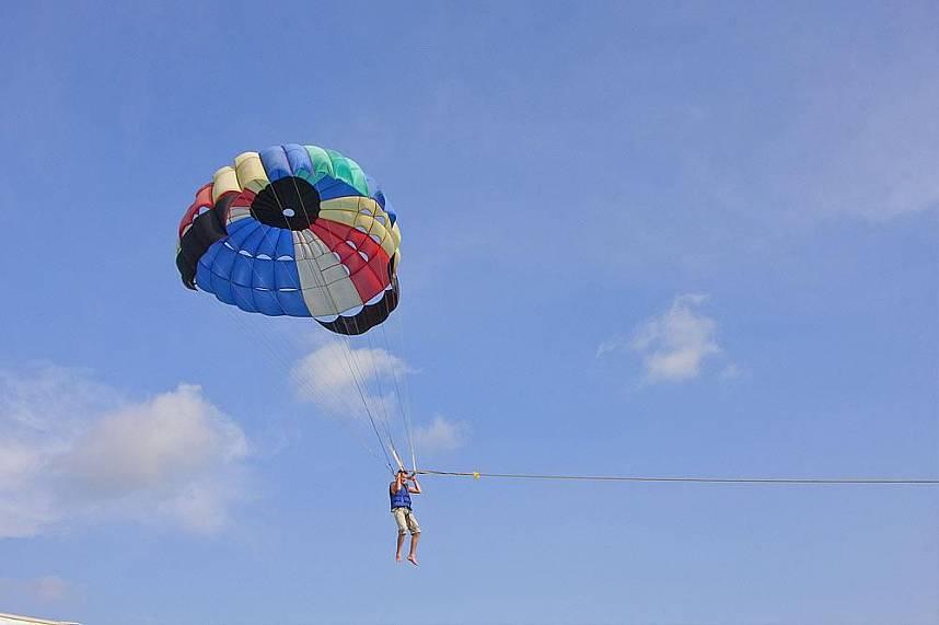Adventurous flight over the Pattaya sea - Koh Larn Gulf of Siam Pattaya