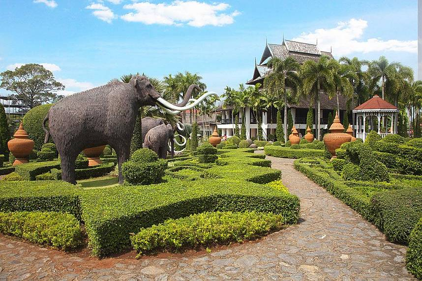 Enjoy a fun day at Nong Nooch Gardens Pattaya
