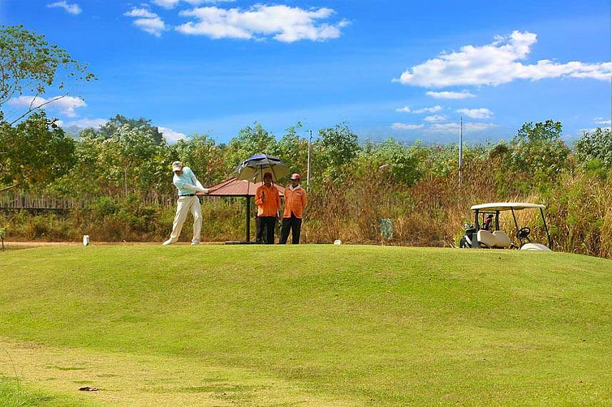 Visit during your golf holiday in Pattaya the Plutaluang Thai Navy Golf Club