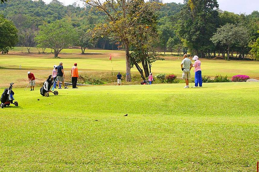 Enjoy during a break the natural beauty at Plutaluang Thai Navy Golf Club near Pattaya