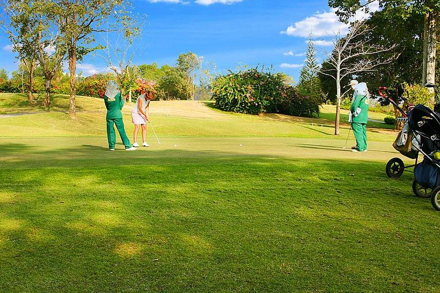 Idyllic setting for your golf holiday experience - Phoenix Golf and Country Club Pattaya
