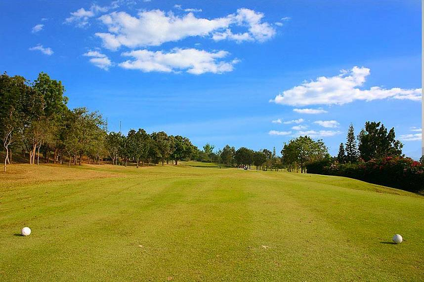 Plenty of space at Phoenix Golf and Country Club Pattaya