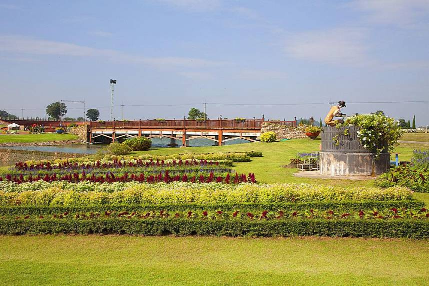 Nice landscaped gardens at Silverlake Vineyard Pattaya