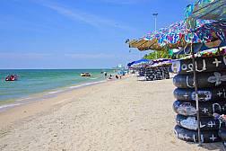 Bangsaen Beach near Sriracha