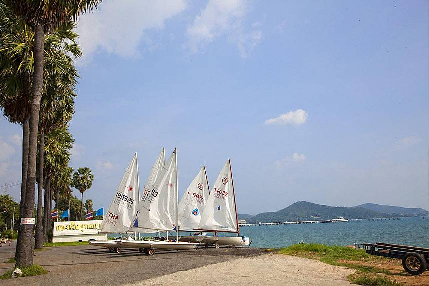 Dongtan Beach Sattahip is a paradise for beach and sailing lovers