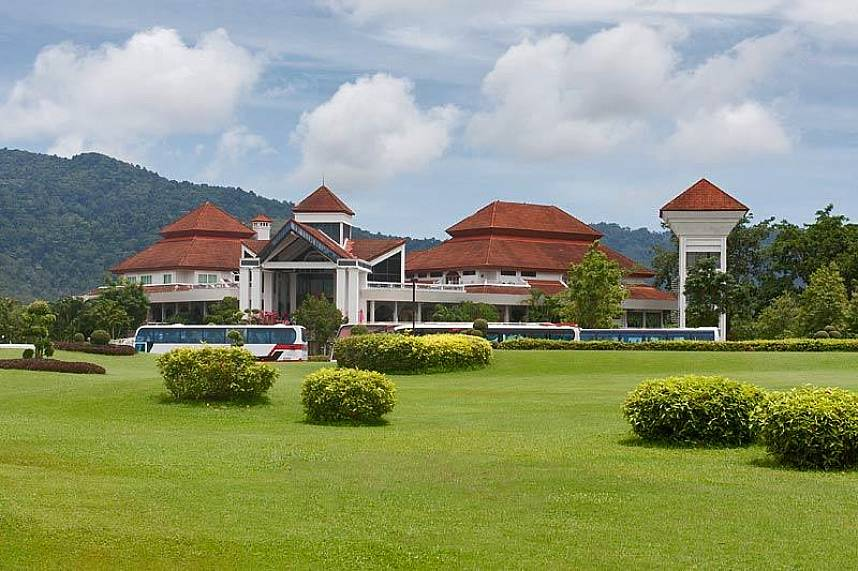 Phuket Country Club Golf Course is a great place for golf fans