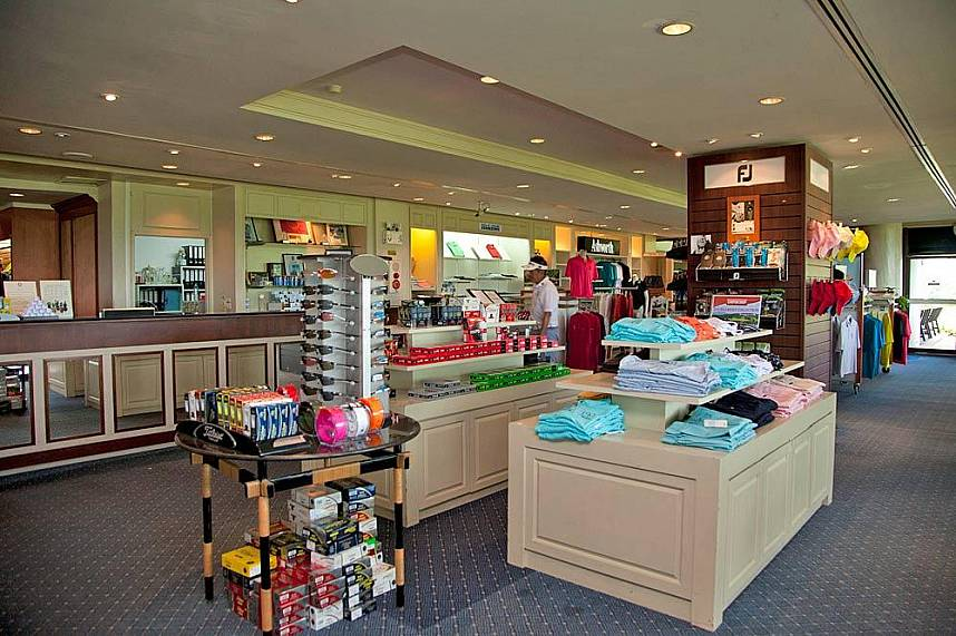 Get yourself a precious gift at the Blue Canyon Country Club Phuket Pro shop