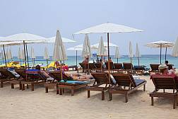 Описание пляжа Сурин