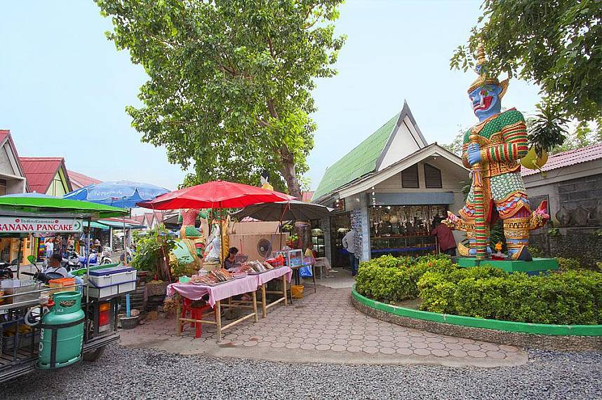 Get a local snack at Big Buddha Temple Koh Samui