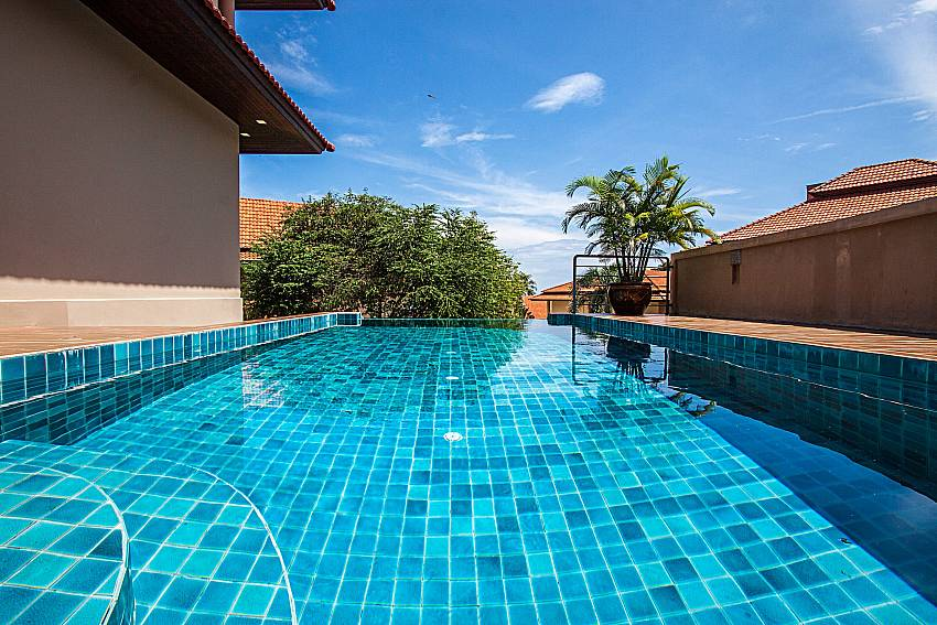 Swimming pool of Ban Talay Khaw O12