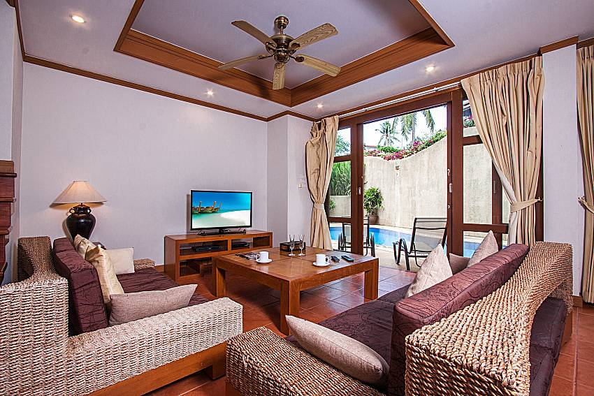 Living room of Ban Talay Khaw T15