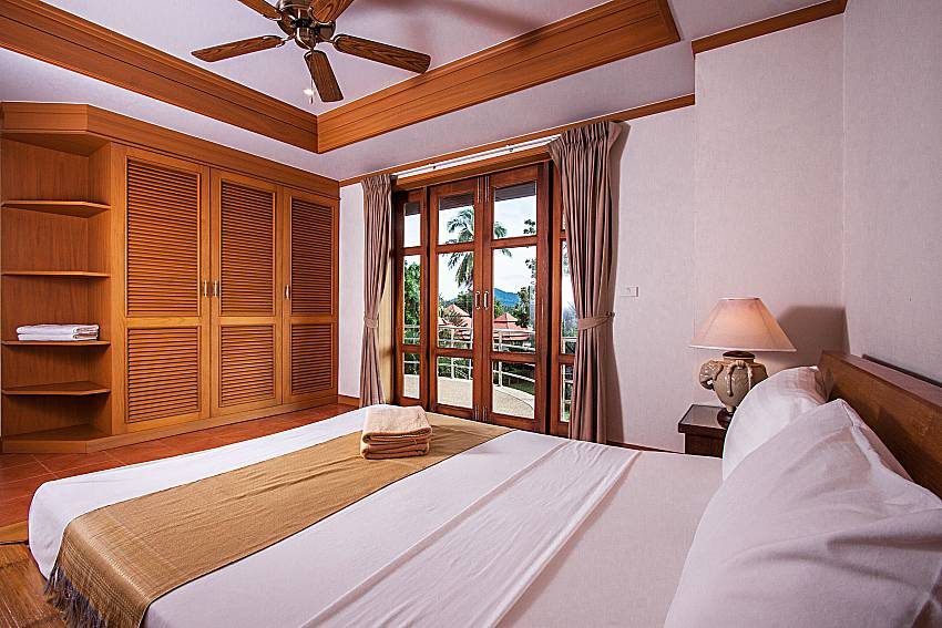 Bedroom with wardrobe of Ban Talay Khaw T15 (First)