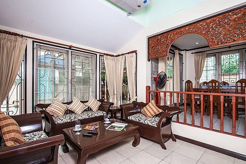 Living room near the dinning table of Jomtien Summertime Villa C