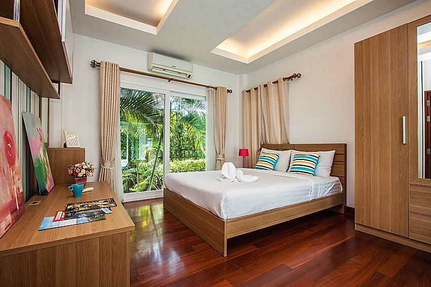 Bedroom see view with wardrobe of Kancha villa (First)