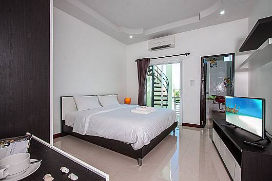 Rent Hua Hin Villa: Baan Kiet 2 - 2 units with 2 bedrooms, 2 Bedrooms. 5460 baht per night