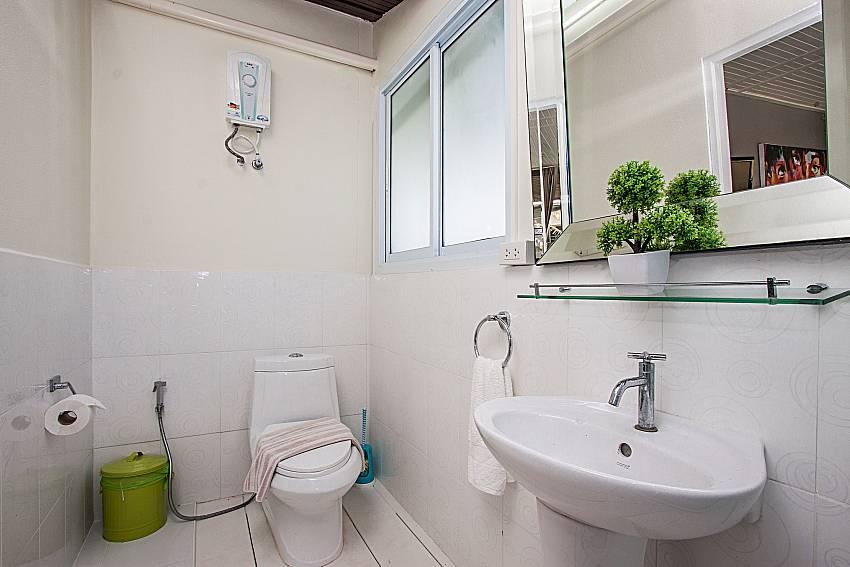 Toilet with basin wash of Villa Jairak