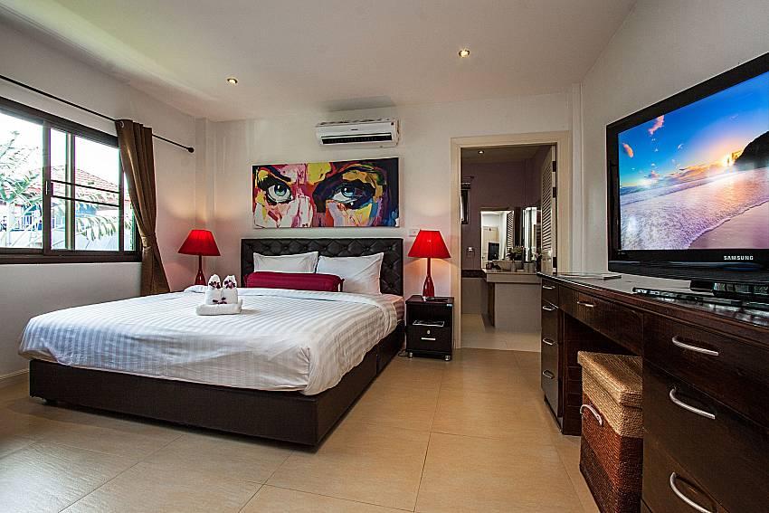 Bedroom with toilet of Villa Jairak (Third)