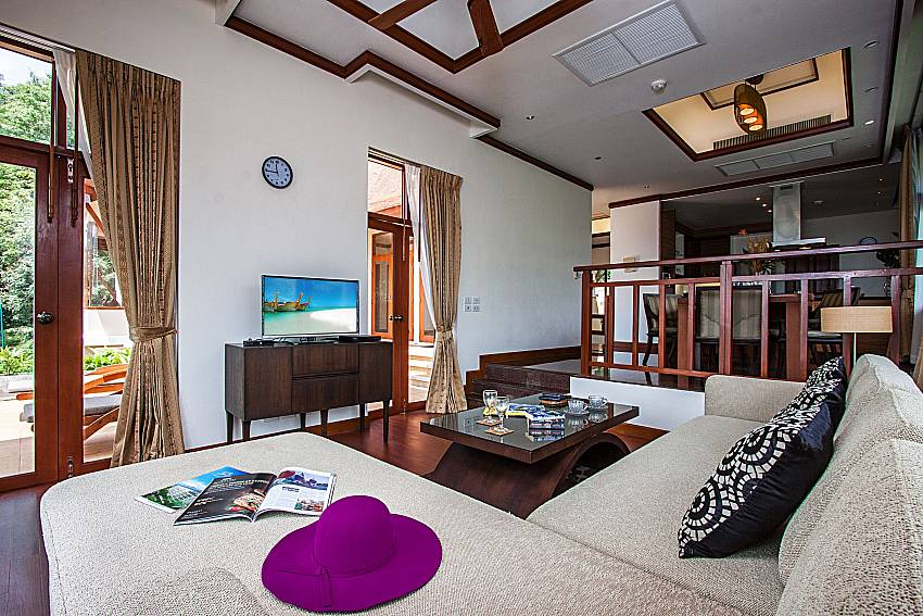 Living room With TV of Pailin Garden Palace