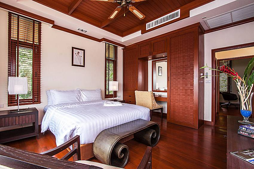 Large master bedroom with built-in wardrobe of Pailin Garden Palace (First)