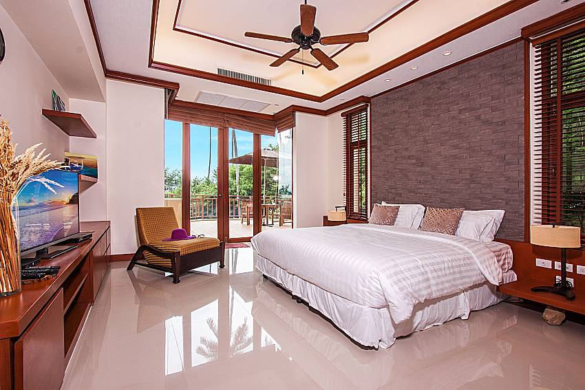 Bedroom with sofa of Pailin Garden Palace (Third)