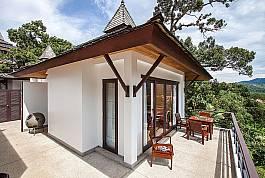 In typisch asiatischem Stil erbautes Einzimmerferienhaus zu vermieten