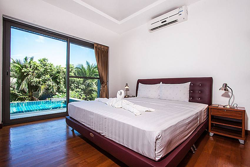 Bedroom near the pool of Villa Gaw Sawan