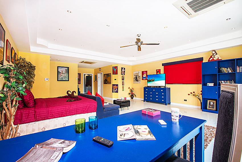 Large bedroom is furnished with beautiful furniture of Pratumnak Argyle Villa (First)