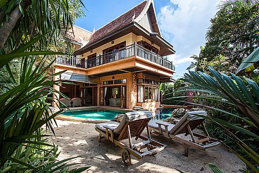 Rent Pattaya Villa: Darawadi Jomtien Villa No.5 - 4-Bed, 4 Bedrooms. 15593 baht per night