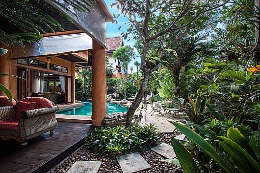 Rent Pattaya Villa: Darawadi Jomtien Villa No.5 - 4-Bed, 4 Bedrooms.  baht per night