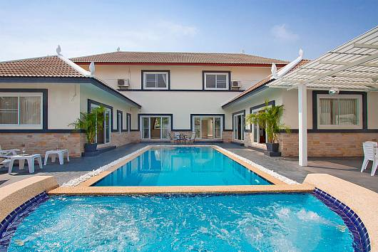 Rent Pattaya Villa: Montecito Villa - 4 Beds, 4 Bedrooms. 15690 baht per night