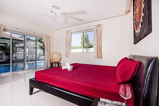 Аренда виллы в Паттайе: Montecito Villa - 4 Beds, 4 Спальни.  бат в день