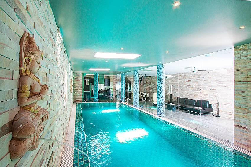 Indoor swimming pool Villa Virote in Phuket