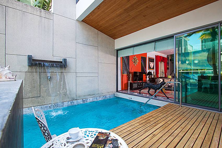 Swimming pool with seat Un-Chan Villa in Phuket