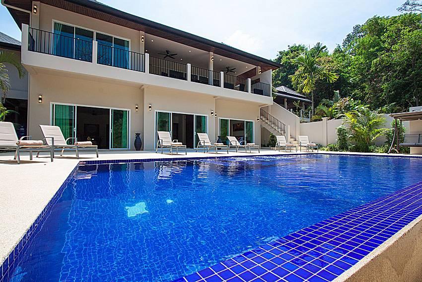Swimming pool and property Si Mok Villa in Phuket