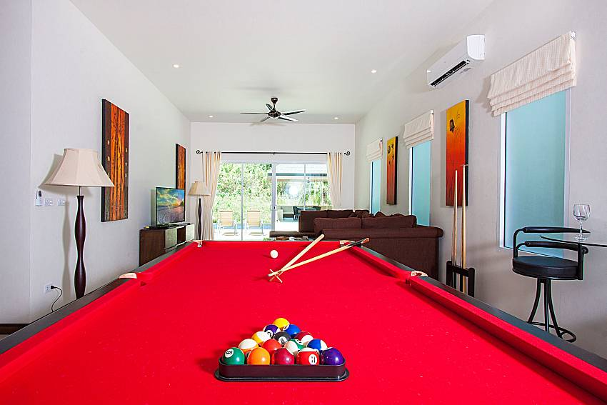 Pool table Si Fah Villa in Phuket