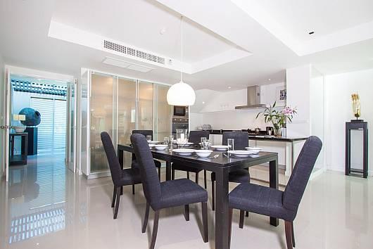 Rent Phuket Villas: Yu-Pha Villa - 3-Beds, 3 Bedrooms. 10600 baht per night