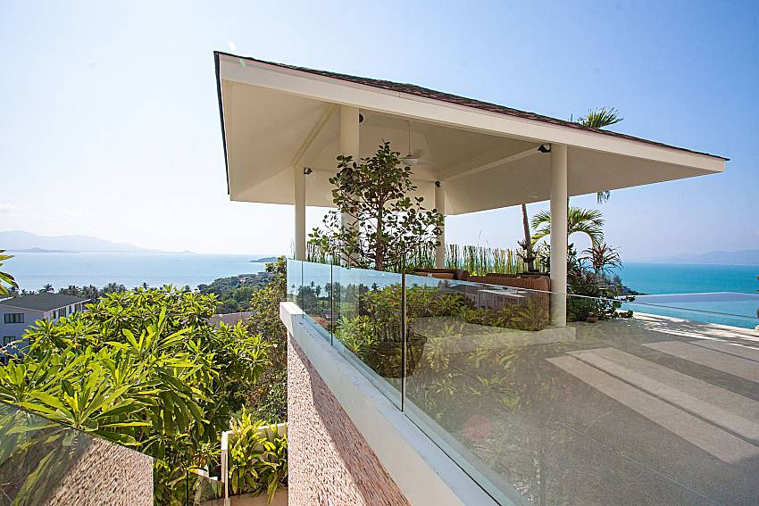 Balcony with sea view Villa Choeng Mon in Koh Samui