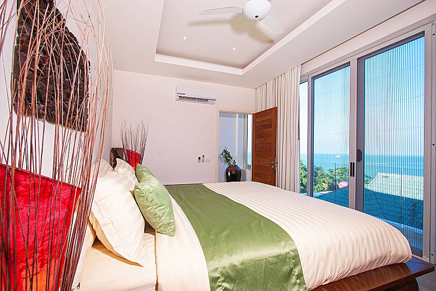 Bedroom with sea view Villa Choeng Mon in Koh Samui