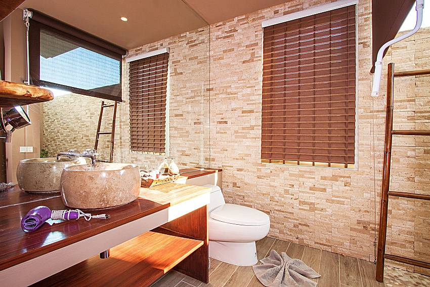 Bathroom Villa Choeng Mon in Koh Samui