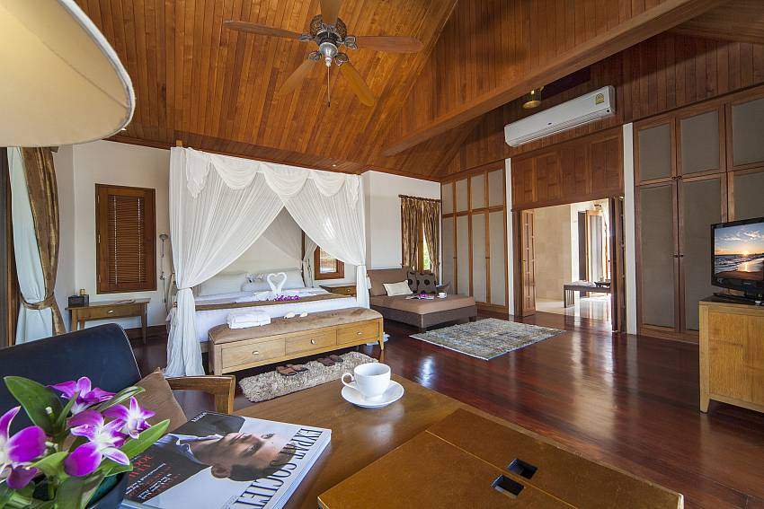 Four Poster Bed-Asian Rhapsody_infinity pool_5 bed villa_Rawai_Phuket_Thailand