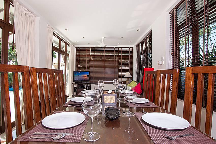 Dinning area Blossom Dew Villa B in Samui