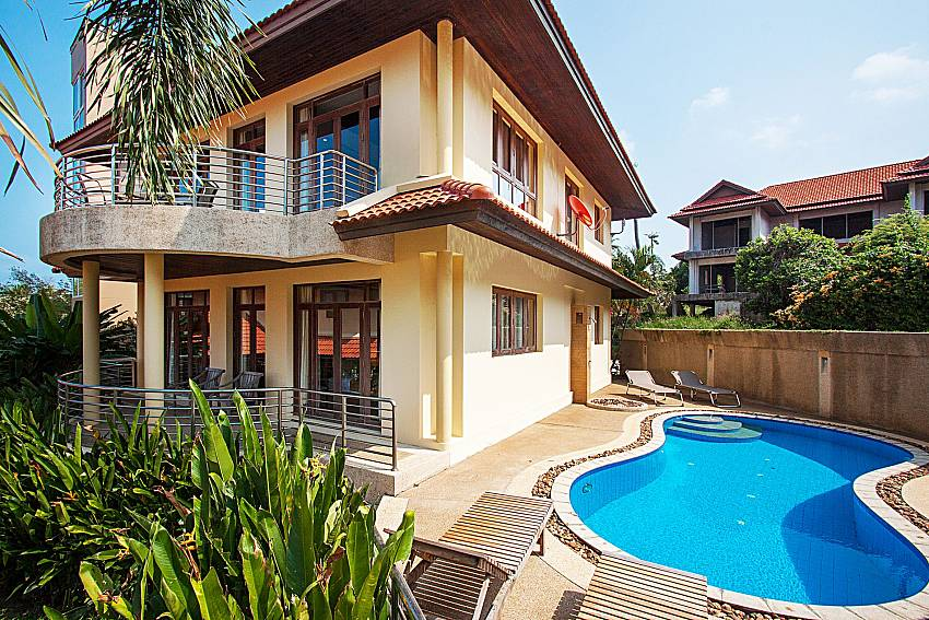 Swimming pool and property Ban Talay Khaw O11 in Koh Samui