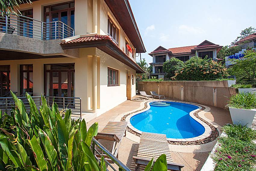 Swimming pool and property Ban Talay Khaw O11 in Koh Samui