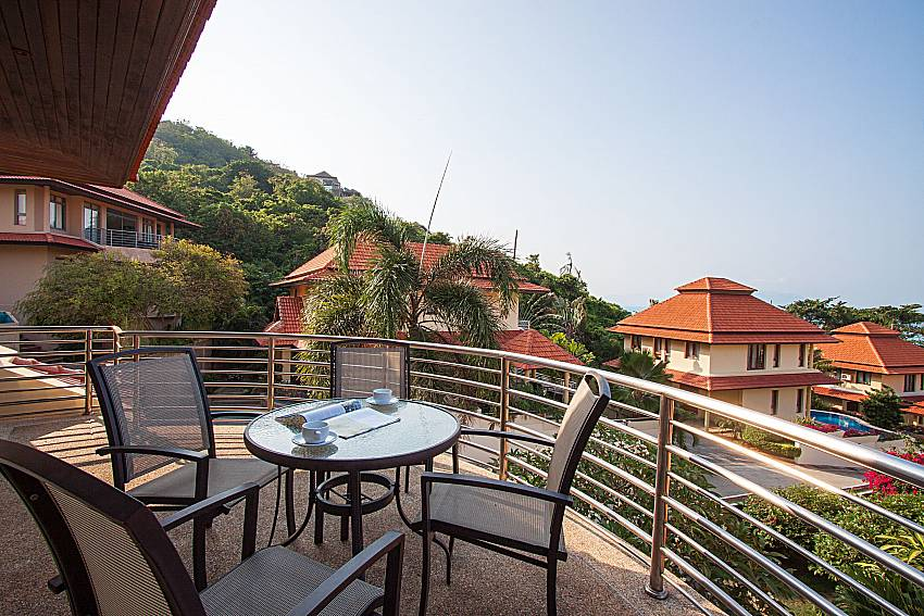 Balcony with seat and table Ban Talay Khaw O11 in Koh Samui