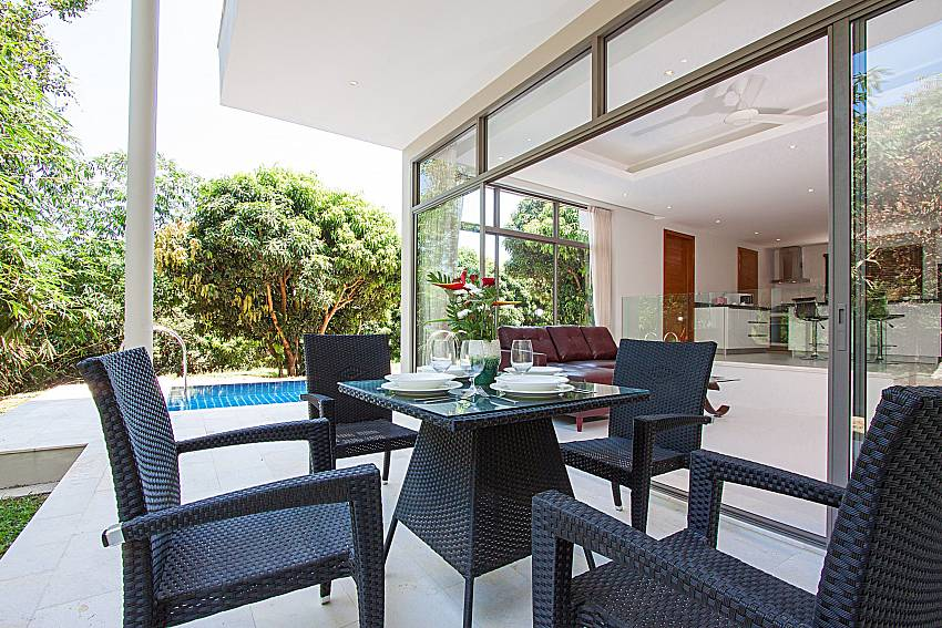 Seat and table Triumph Villa in Samui